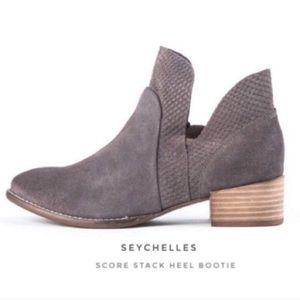 Seychelles Score Stack Heel Bootie
